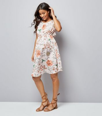 Maternity Pink Floral Print Dress New Look