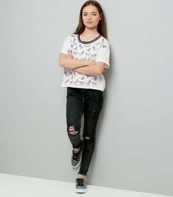 Teens White Stripe Neck Leopard Print T-Shirt New Look