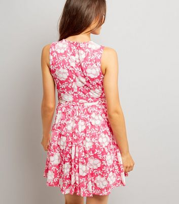 Mela Shell Pink Floral Print Dress New Look