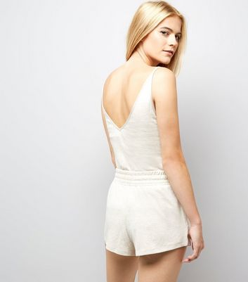 Cream Brushed Jersey Satin Belt Shorts New Look