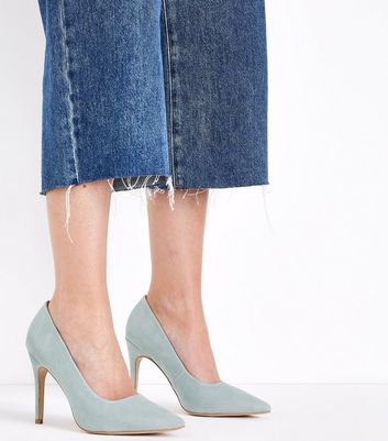 Wide Fit Mint Green Suedette Pointed Court Shoes New Look