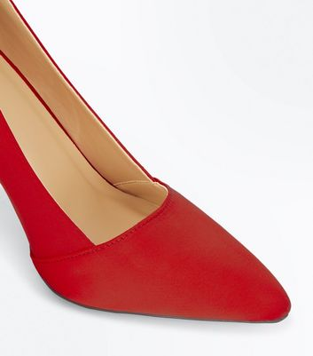 red-satin-pointed-court-shoes