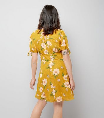 Yellow Floral Spot Print V Neck Dress New Look