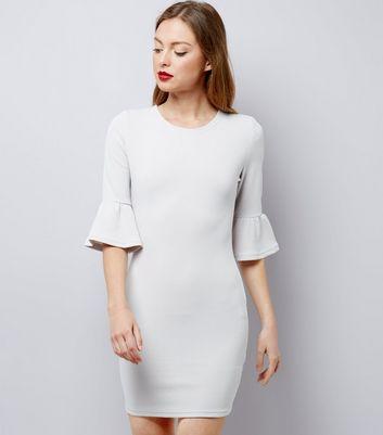 Gespeicherten – Für Später Von Entfernen Ax Speichern Kleid Paris Mit Artikeln Graues Glockenärmeln F1TlKJc