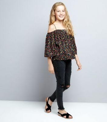 Teens Black Floral Cold Shoulder Top New Look