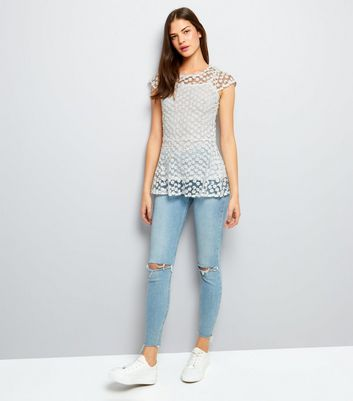 Blue Vanilla Cream Daisy Lace Peplum Hem Top New Look