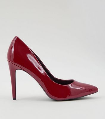 red-patent-pointed-court-shoes