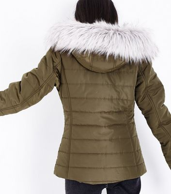 Teens Khaki Faux Fur Trim Hooded Puffer Jacket New Look