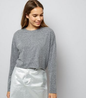 Grey Raw Hem Long Sleeve Crop Top New Look