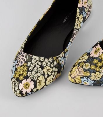 Black Floral Brocade Metal Heel Pointed Pumps New Look