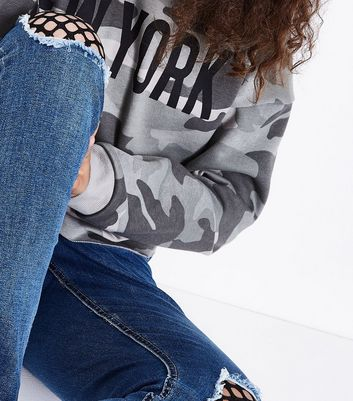 Teens Blue Fishnet Ripped Jeans New Look