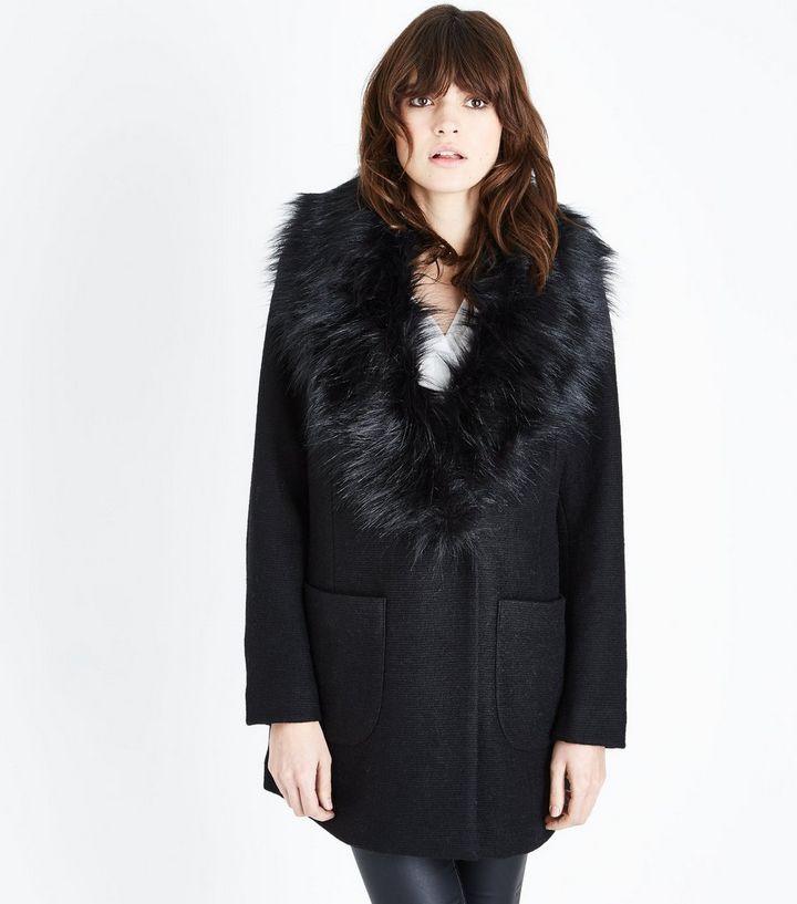 87e971bddd47 Black Faux Fur Collar Coat