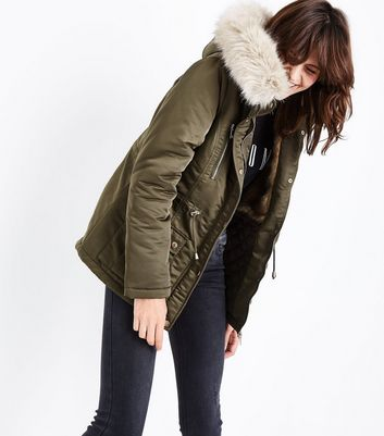 Khaki Faux Fur Lined Short Parka New Look