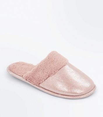Pink Shimmer Faux Fur Mule Slippers New Look