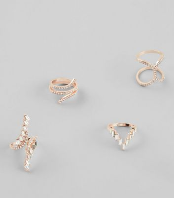4 Pack Gold Embellished Rings New Look