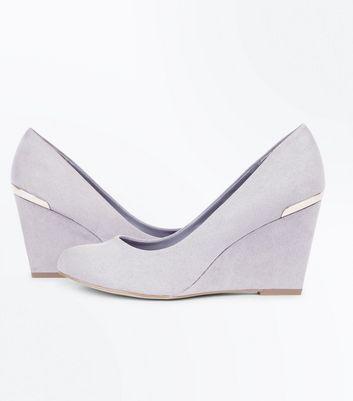 Wide Fit Grey Comfort Flex Suedette Wedge Heels New Look