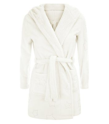 Teens Cream Star Embossed Robe New Look