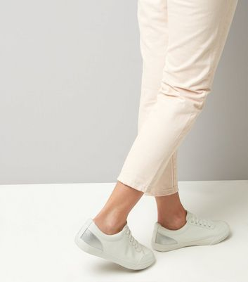 Wide Fit White Back Panel Lace Up Trainers New Look