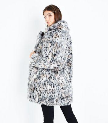 Blue Vanilla White Leopard Print Faux Fur Coat New Look
