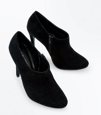 Black Suedette Seam Side Shoe Boots New Look