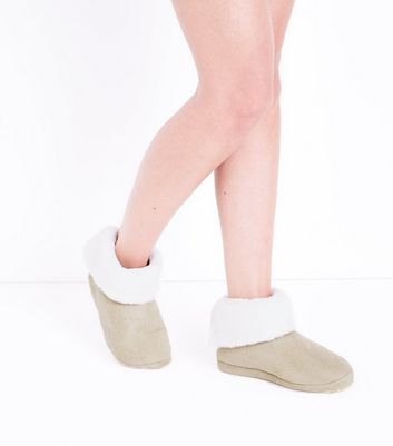 Tan Suedette Faux Fur Lined Slipper Boots New Look