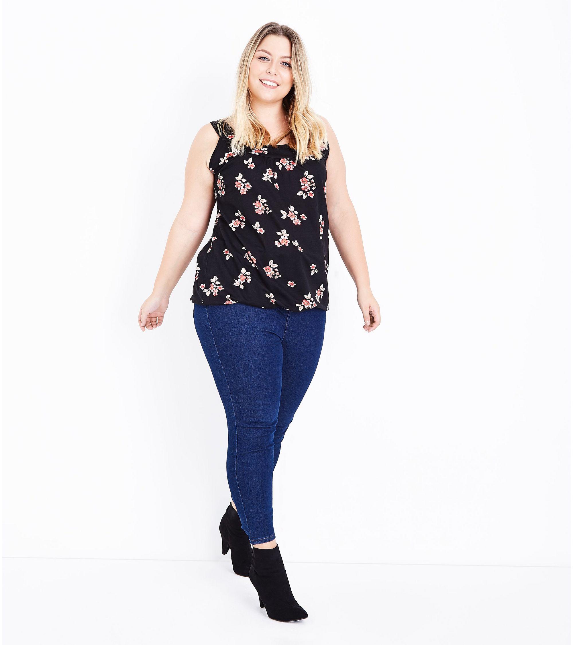 77beff71719e7b New Look Curves Black Floral Bubble Hem Vest at £6.99