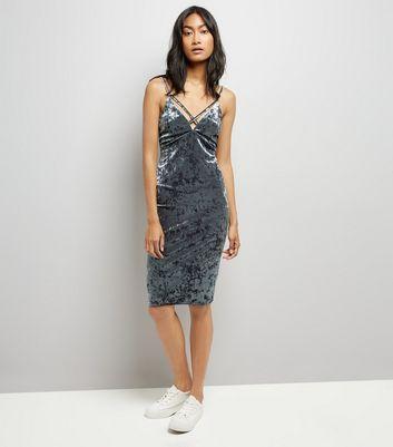 Grey Crushed Velvet Lattice Plunge Neck Bodycon Dress New Look