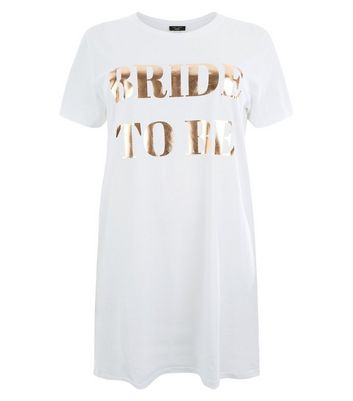 Curves White Bride To Be Metallic Print Nightshirt New Look