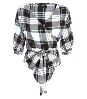 Petite Black Check Wrap Front Top New Look