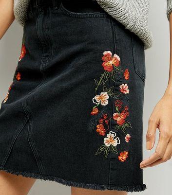 Black Floral Embroidered Denim Mom Skirt New Look