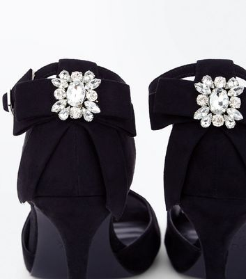 Wide Fit Black Brooch Bow Back Heeled Sandals New Look