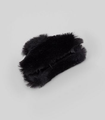 Black Faux Fur Bulldog Clip New Look