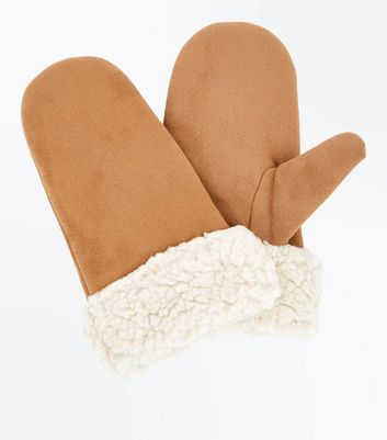 Light Brown Faux Shearling Mittens New Look