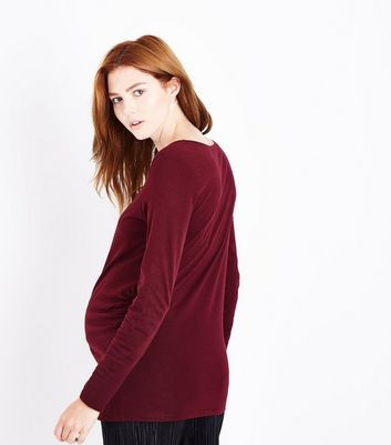 Maternity Burgundy Ruched Side Long Sleeved Top New Look