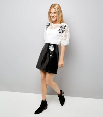Cream Floral Embroidered Lace T-Shirt New Look