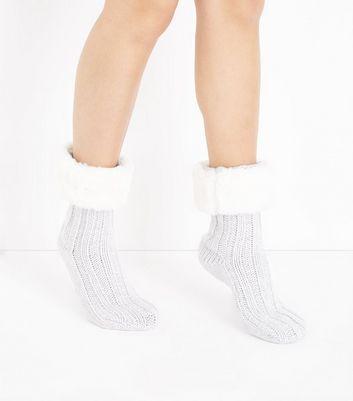 Pale Grey Faux Fur Trim Slipper Socks New Look