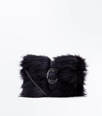 Black Buckle Front Faux Fur Clutch New Look