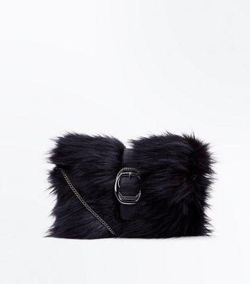 Black Buckle Front Faux Fur Clutch New Look