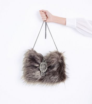 Grey Buckle Front Faux Fur Clutch New Look