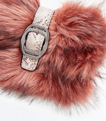 Shell Pink Buckle Front Faux Fur Clutch New Look
