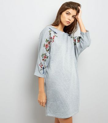 Grey Embroidered Batwing Sleeve Sweatshirt Dress New Look