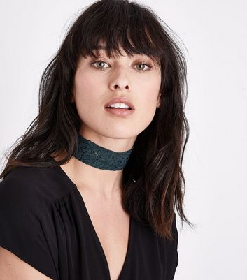 Dark Green Lace Choker New Look