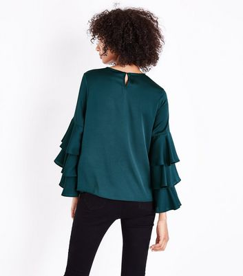 Dark Green Tiered Sleeve Top New Look