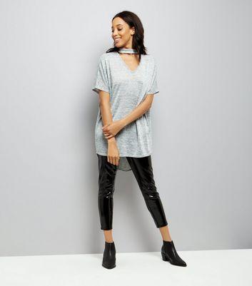 Grey Dip Hem Choker T-Shirt New Look