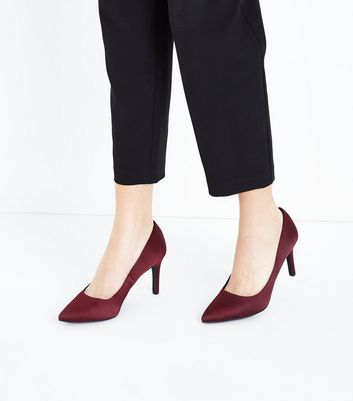 Burgundy Satin Pointed Court Shoes New Look