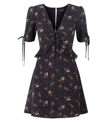 Petite Black Floral Star Print Dress New Look