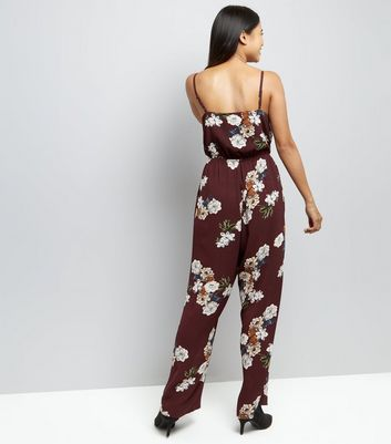 Petite Burgundy Floral Print Jumpsuit New Look