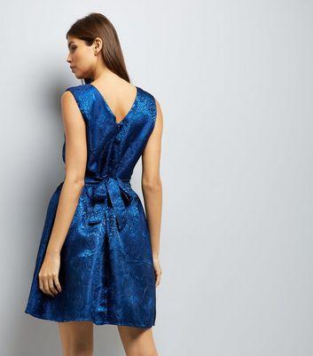 Mela Navy Satin Embossed Tie Back Dress New Look