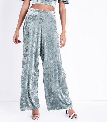 Petite Silver Velvet Wide Leg Trousers New Look
