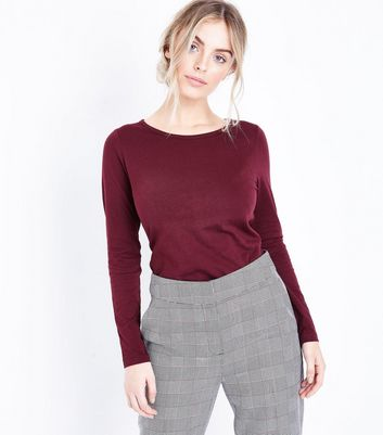 Petite Burgundy Long Sleeve Crew Neck Top New Look